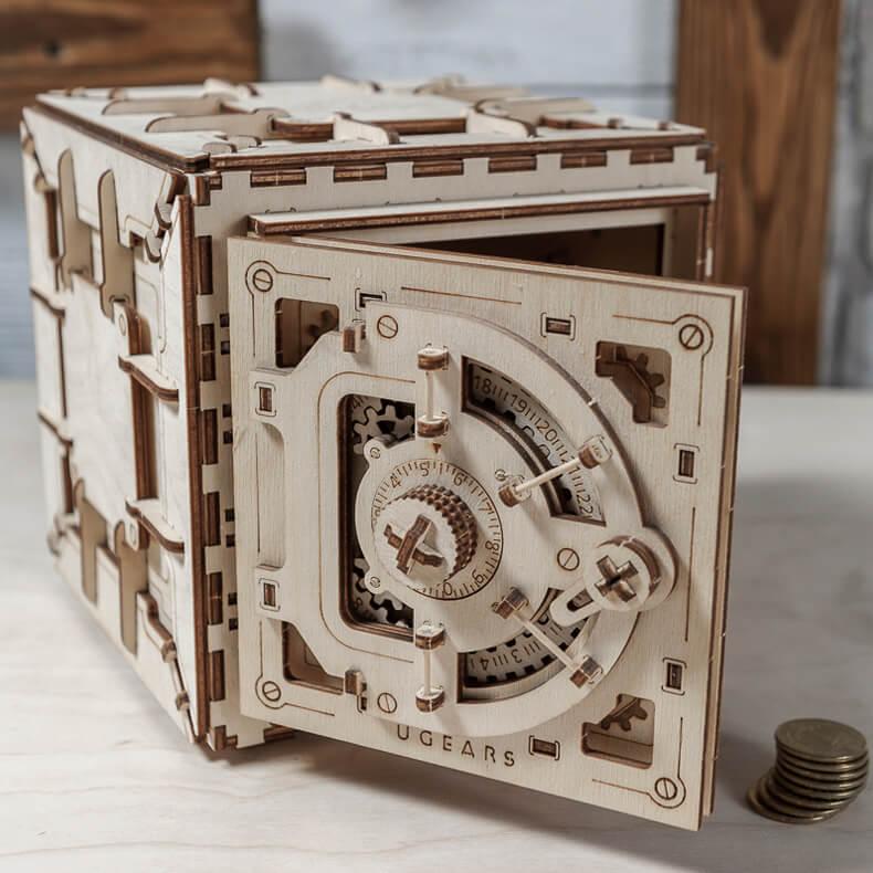 coffre fort puzzle 3d mecanique en bois ugears france ugears models. Black Bedroom Furniture Sets. Home Design Ideas