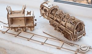 ugears-models-maquette-bois-690x406