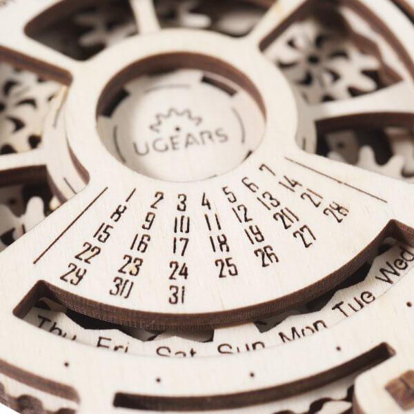 Méca-Calendrier – Puzzle 3d Mécanique en bois – Ugears France 5