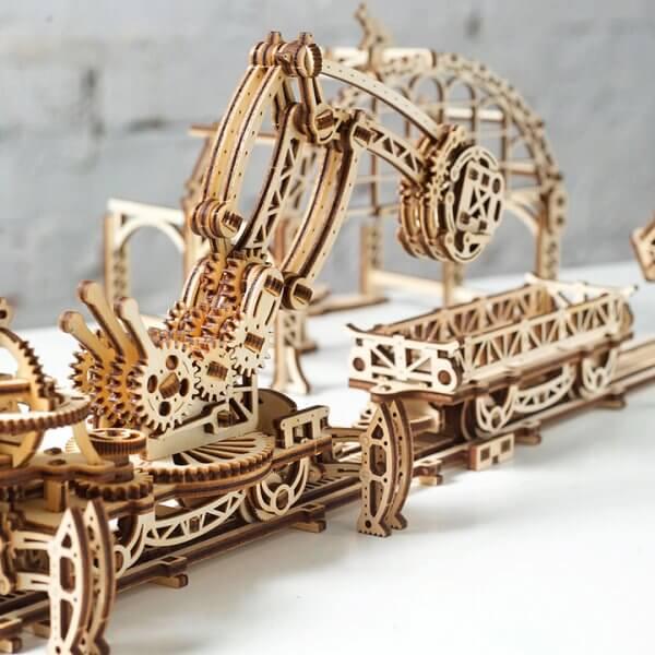 Manipulateur Ferroviaire – Puzzle 3d Mécanique en bois – Ugears France (12)