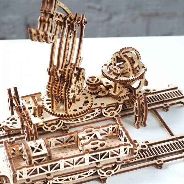 Manipulateur Ferroviaire – Puzzle 3d Mécanique en bois – Ugears France (35)