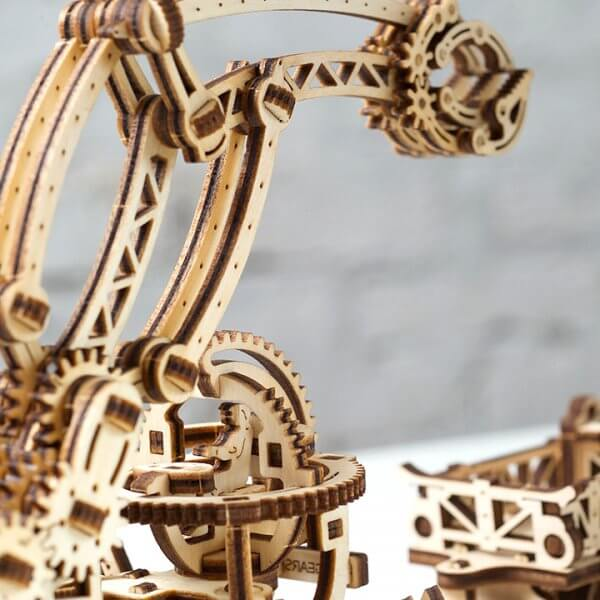 Manipulateur Ferroviaire – Puzzle 3d Mécanique en bois – Ugears France (7)