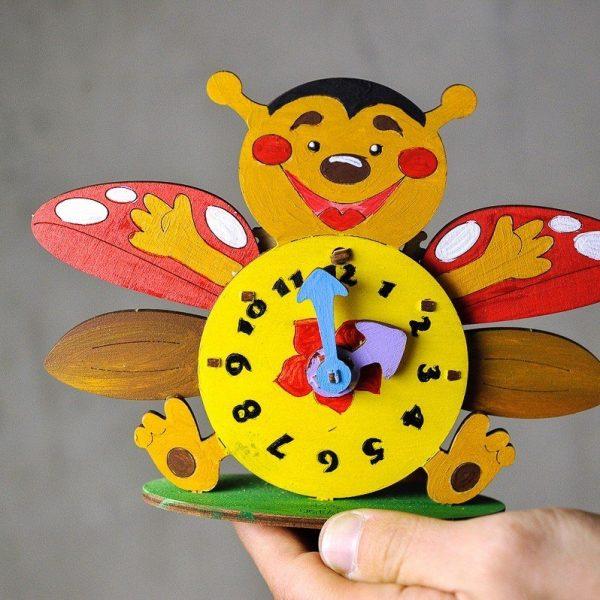 Horloge-–-Puzzle-3d-Mécanique-en-bois-à-peindre-–-Ugears-France-2
