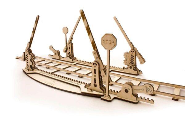 Rails + Passage à niveau – Puzzle 3d Mécanique en bois – Ugears France