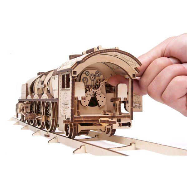 Locomotive V-Express Ugears – Puzzle 3d en bois + 3