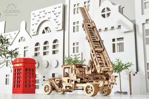 Camion Echelle Ugears – Puzzle 3d en bois + 5