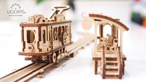 Ligne de Tram – Puzzle 3D Mécanique en bois – Ugears France + 4