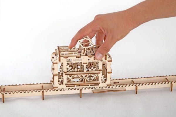 Tram – Puzzle 3d Mécanique en bois – Ugears France + 4