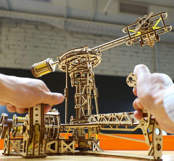 Aviator Ugears – Puzzle 3d en bois + 8