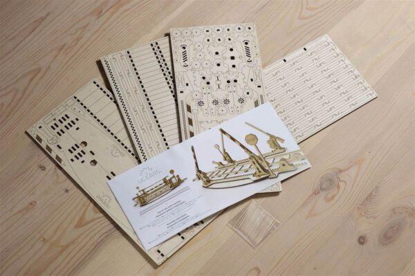 Rails + Passage à niveau – Puzzle 3d Mécanique en bois – Ugears France + 6