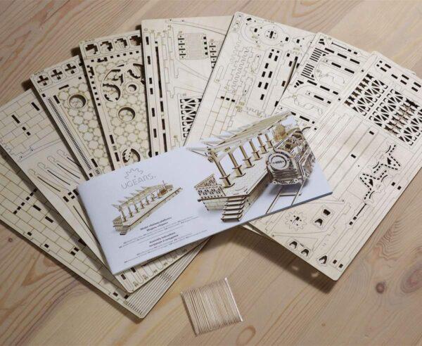Perron de gare – Puzzle 3d Mécanique en bois – Ugears France + 7