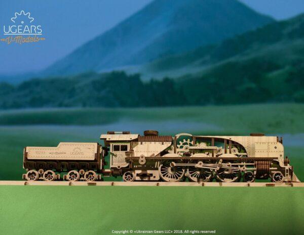 Locomotive V-Express Ugears – Puzzle 3d en bois + 8