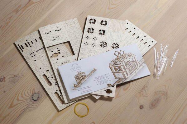 Tram – Puzzle 3d Mécanique en bois – Ugears France + 8