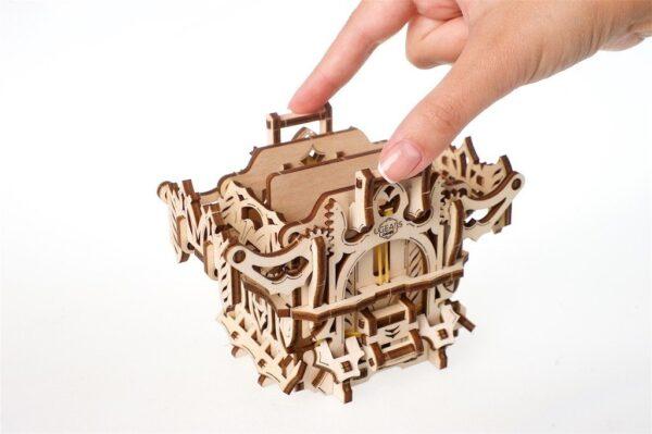 """Modular Dice Tower """"Tour à Dés Modulable"""" – Puzzle 3D Mécanique en bois – Ugears Games France + 8"""