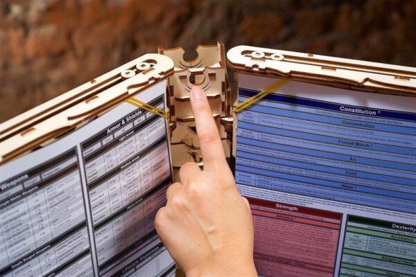 """GAME MASTER'S SCREEN """"Écran du Maitre de Jeu"""" – Puzzle 3D Mécanique en bois – Ugears Games France + 1"""
