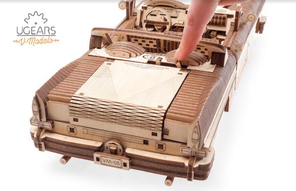 Cabriolet VM-05-puzzle-3d-mecanique-en-bois-ugears-franc