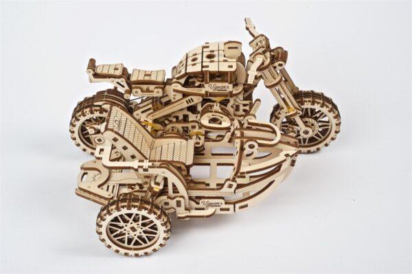 Moto Scrambler UGR-10 avec Side-Car Ugears – Puzzle 3d en bois + 8