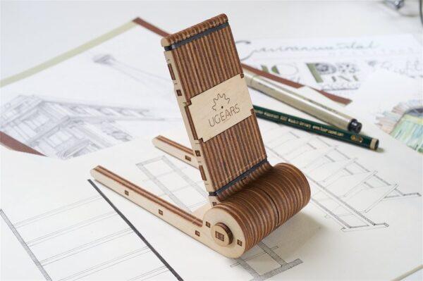 Support Téléphone Pliable Ugears – Puzzle 3d en bois + 2