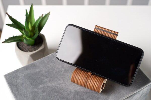 Support Téléphone Pliable Ugears – Puzzle 3d en bois + 1