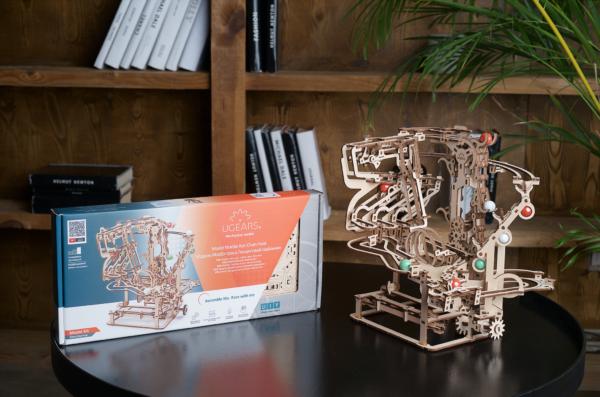 Parcours à Billes avec Élévateur Ugears – Puzzle 3d en bois + 6