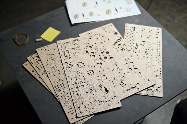 Parcours à Billes avec Élévateur Ugears – Puzzle 3d en bois + 5